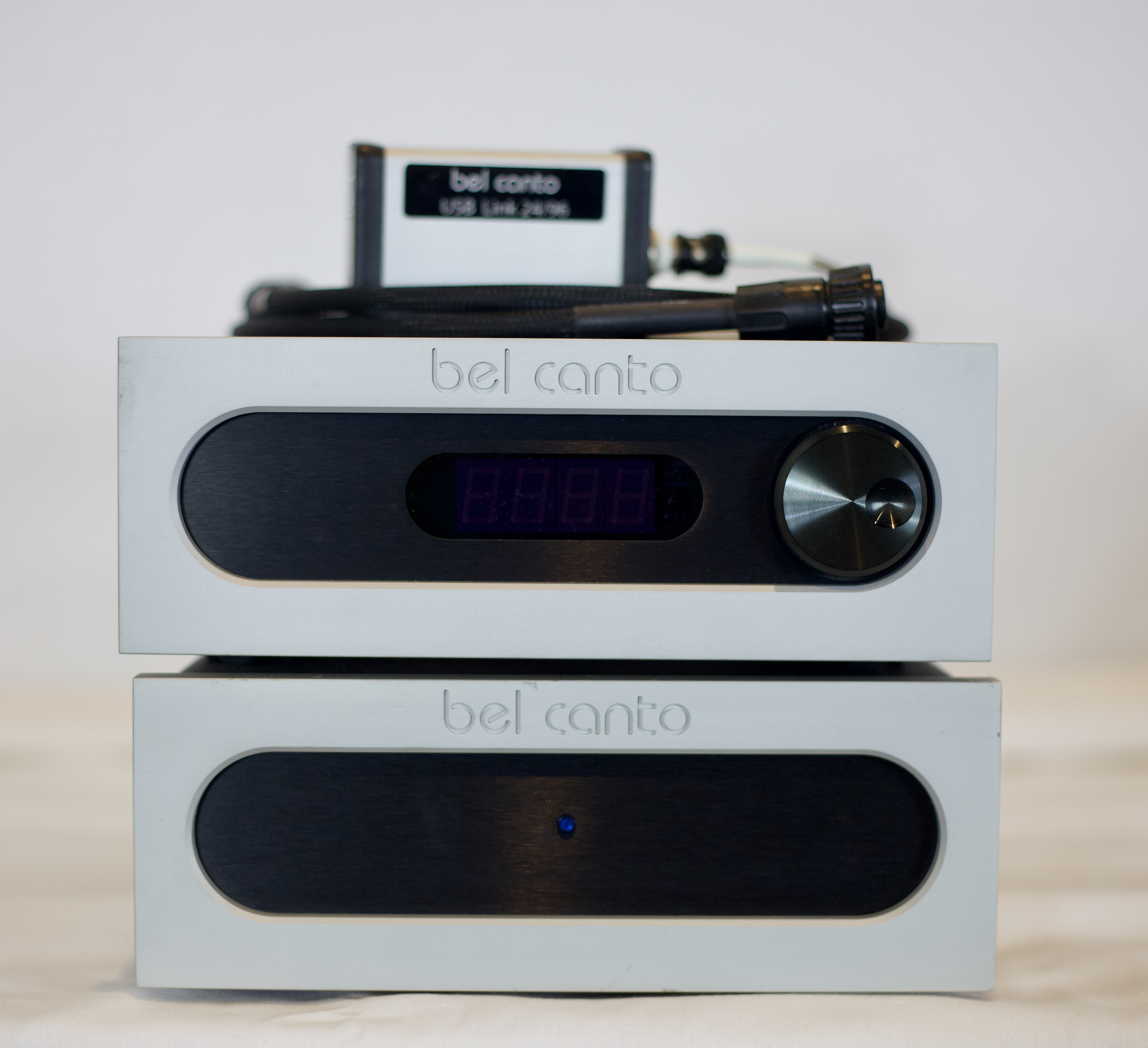 Front View, Bel Canto DAC3VB Battery Supply.