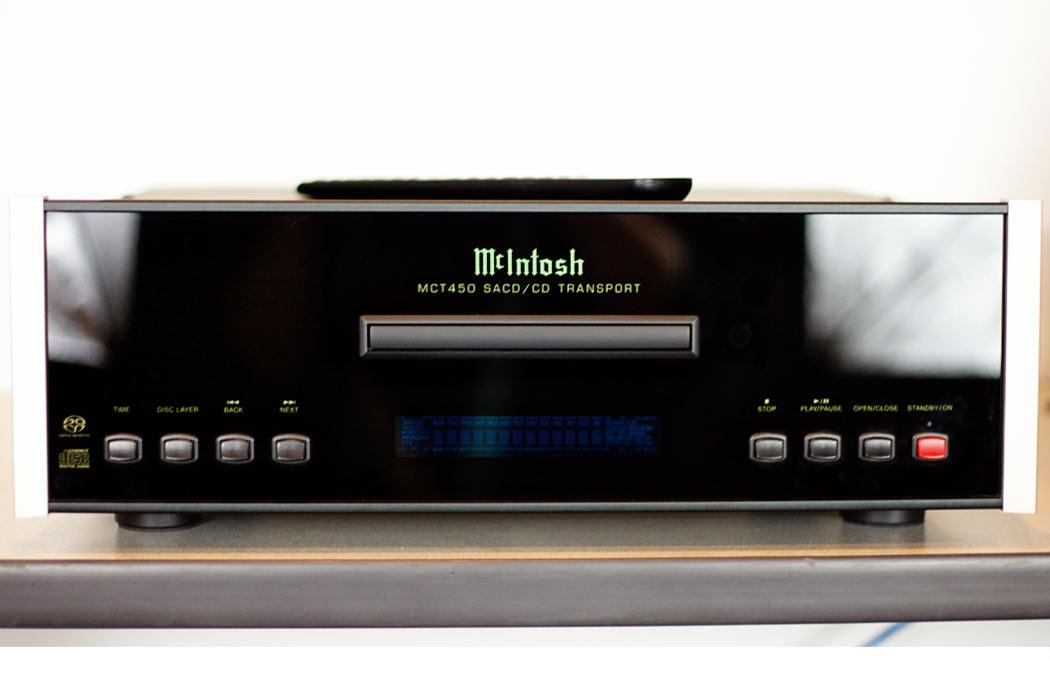 McIntosh MCT450 SACD/CD Transport - front view